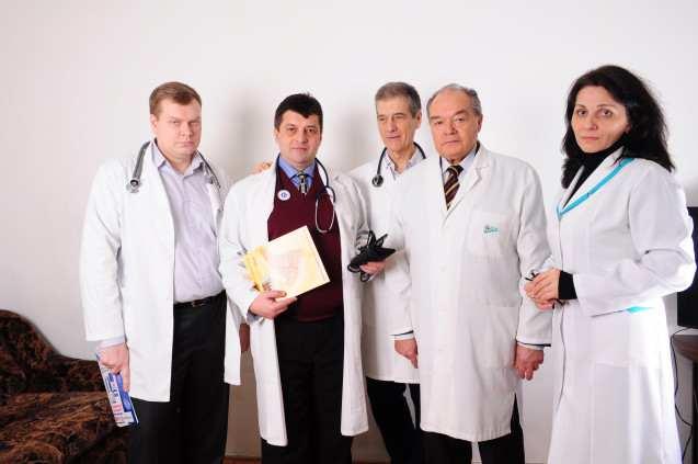 врачи клиники ЛКЦ Сана