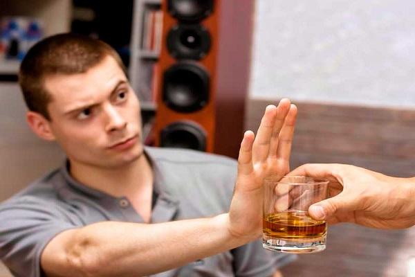 Как заставить алкоголика лечиться от алкоголизма