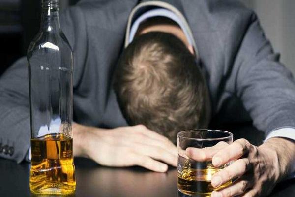 Лечение от алкоголизма, воздействие алкоголя на мозг