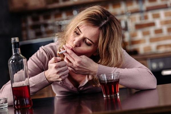 Женская алкогольная зависимость - как от нее избавиться