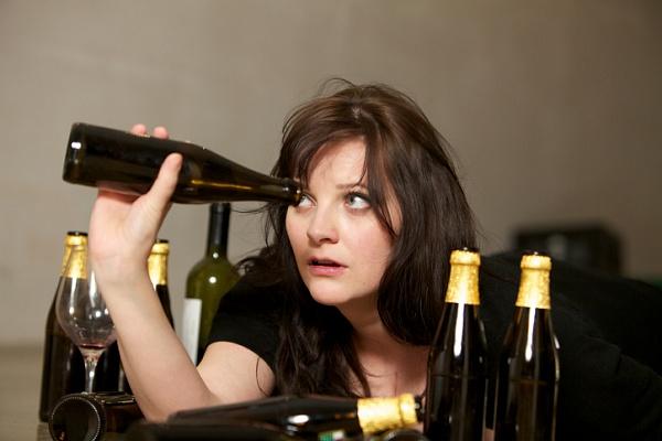 Женский алкоголизм, лечение алкоголизма у женщин