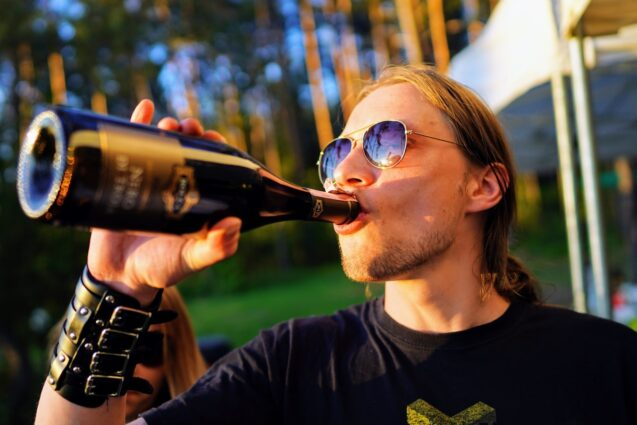 Как помочь сыну бросить пить