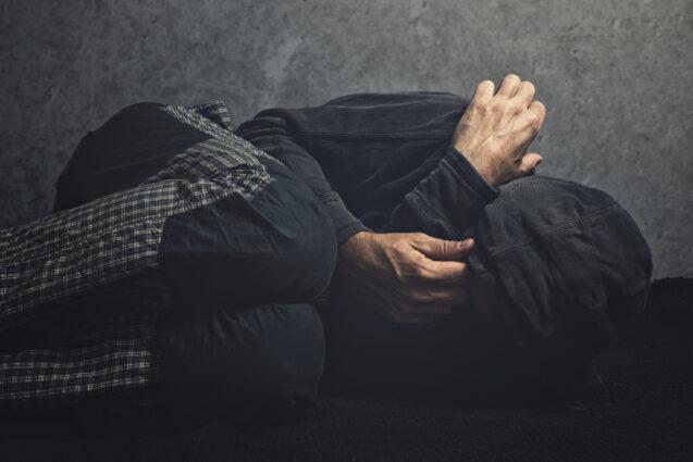 Ломка у наркомана — признаки, симптомы, как проходит